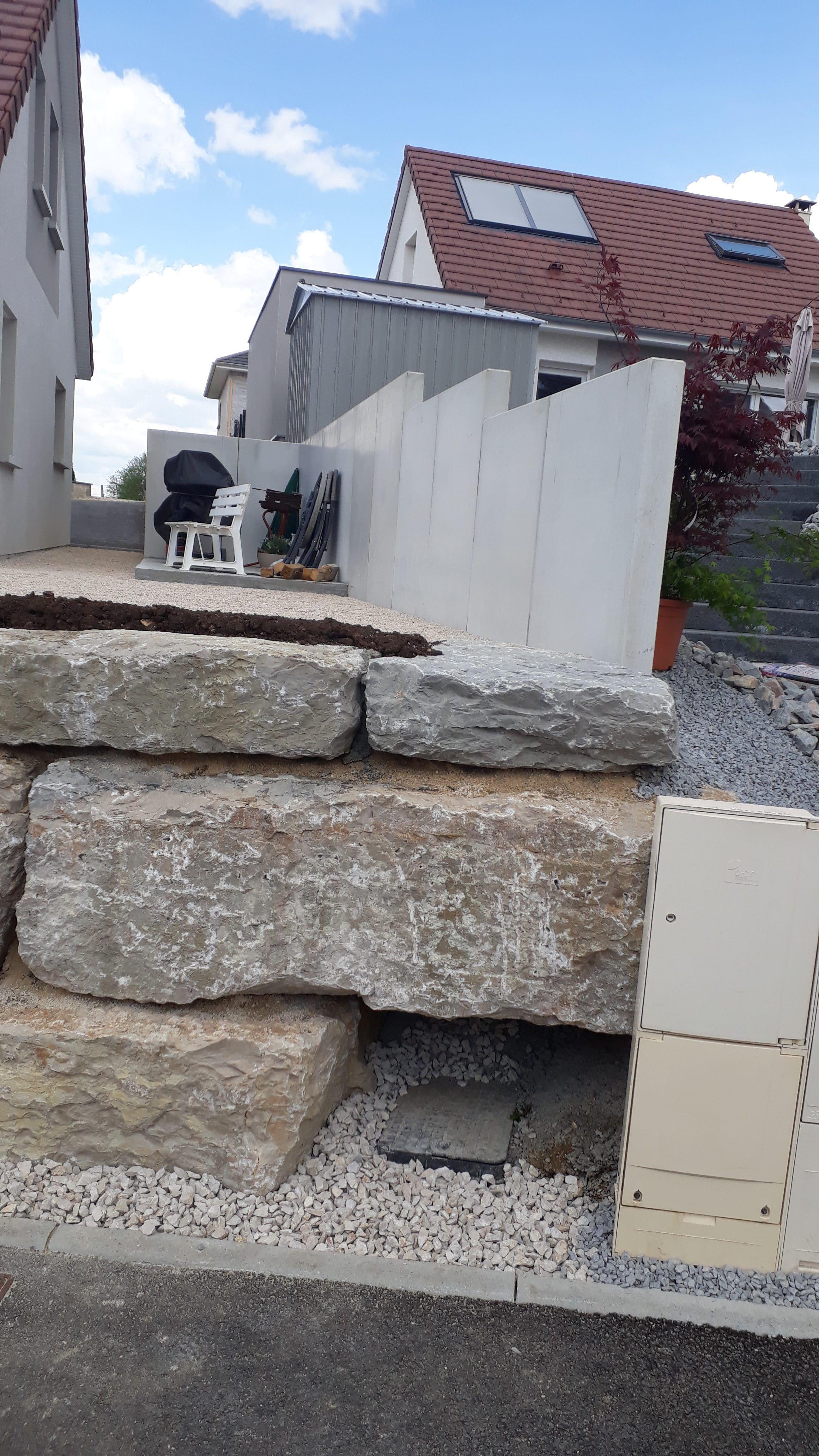 enrochement-mur-beton-terrasse-exterieur-maison-travaux-publics-TP-pontarlier-doubs-franche-comte-02